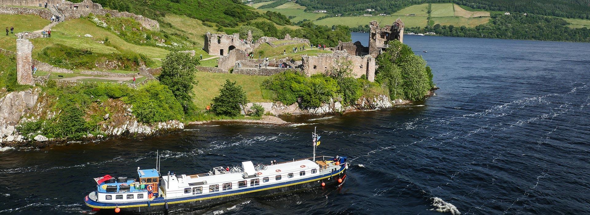 Flod Cruise på Loch Ness Skotland